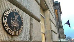 Read more about the article Министерство торговли США стремится удвоить пошлину на пиломатериалы хвойных пород из Канады