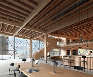 Read more about the article Все больше офисных зданий в Швеции строят с деревянным каркасом.