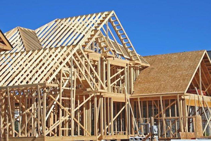 Read more about the article Рост цен на пиломатериалы замедляет строительство домов в США