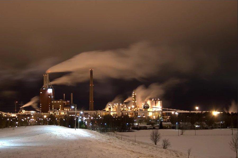 Лесопромышленная компания Stora Enso поставит целлюлозу Diageo для изготовления бумажных бутылок для виски