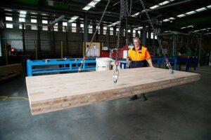 Read more about the article CLTP в Тасмании запускает первое  в мире производство CLT из твердых пород древесины