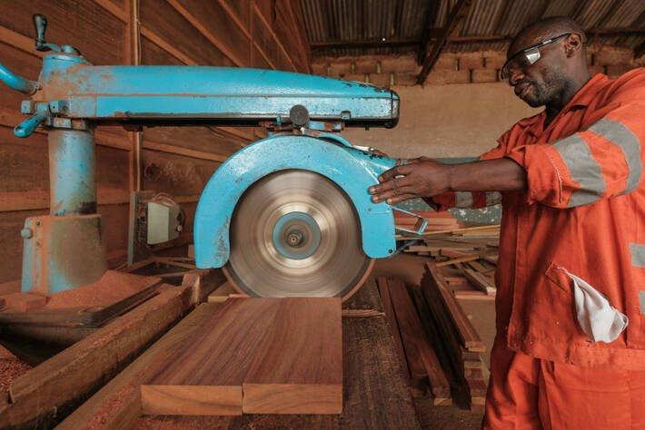 You are currently viewing Повышение законности и прозрачности в торговле древесиной