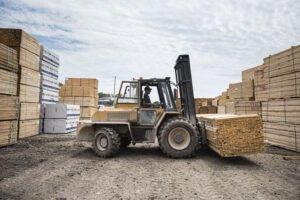 Read more about the article «Мы на исходе»: почему промышленность деревянных поддонов находится на грани
