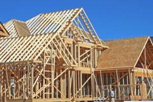Read more about the article Пузырь цен на пиломатериалы лопнул, но не ждите, что дома станут дешевле