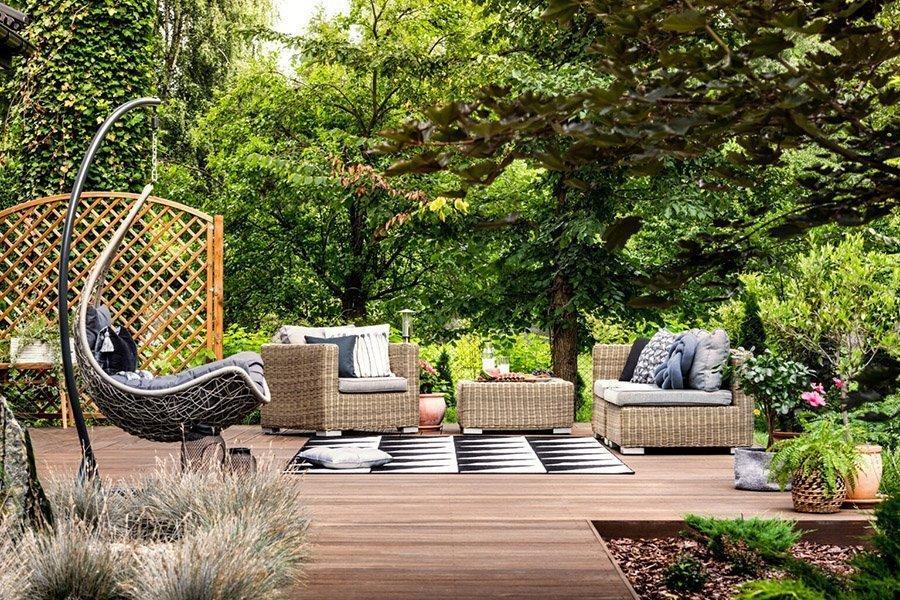 You are currently viewing В новом отчете отмечается резкий рост цен на садовую мебель