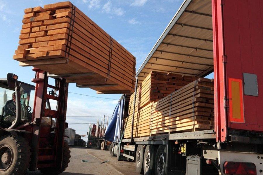 You are currently viewing Латвия увеличивает экспорт в Великобританию на 40%