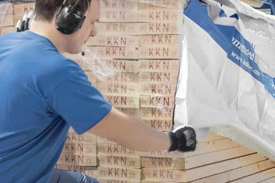 You are currently viewing Финляндия увеличила экспорт леса и лесопродукции на 14%